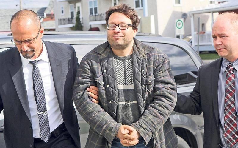 Francis Yergeau à son entrée au palais de justice le 19 mai 2016. Photothèque | Le Courrier ©