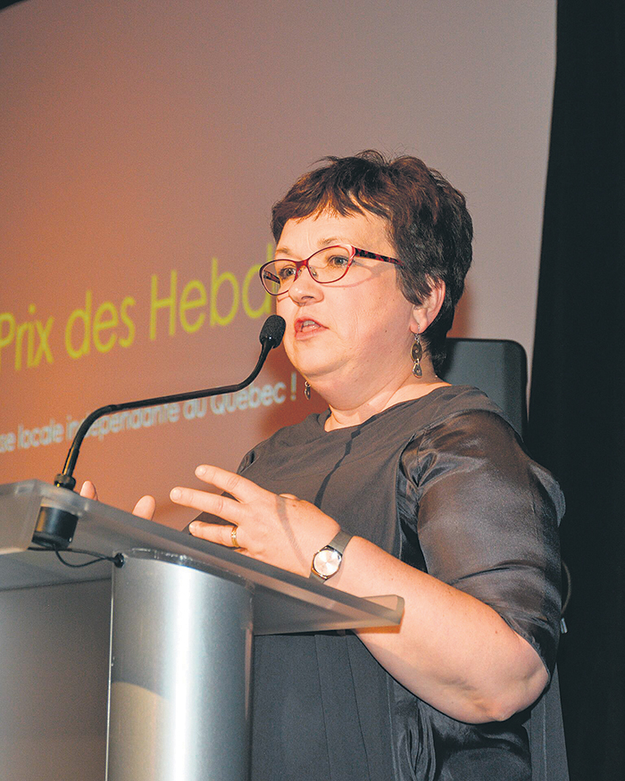 L'auteure et chroniqueuse Josée Boileau assumait la présidence du comité de sélection des Grands Prix des hebdos 2018.