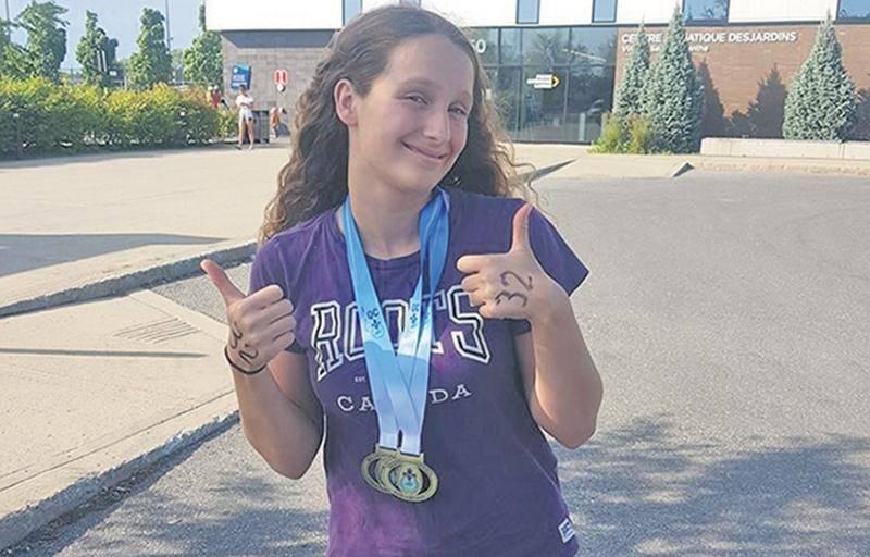 Justine Roy a été médaillée tant au championnat provincial AAA par groupe d'âge qu'au championnat provincial en eau libre.   Photo Facebook Club de natation de St-Hyacinthe