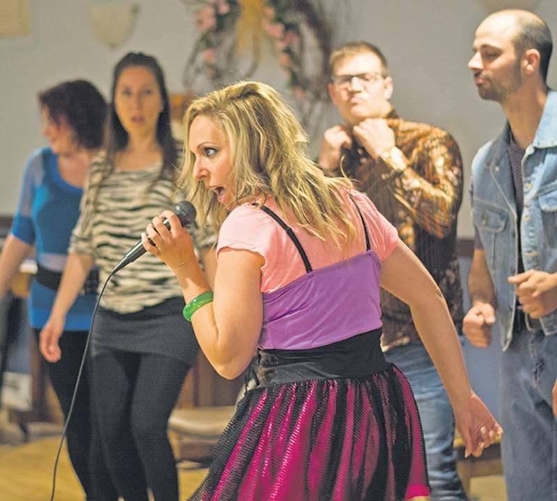Neuf comédiens chanteurs et trois musiciens seront en vedette dans Échos, une comédie musicale plongeant dans les années 80.