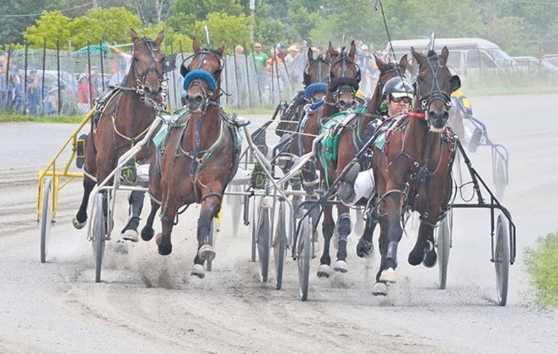 Deux jours de courses de chevaux à Saint-Hugues