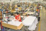 Vêtements SP : des masques et des blouses par milliers !