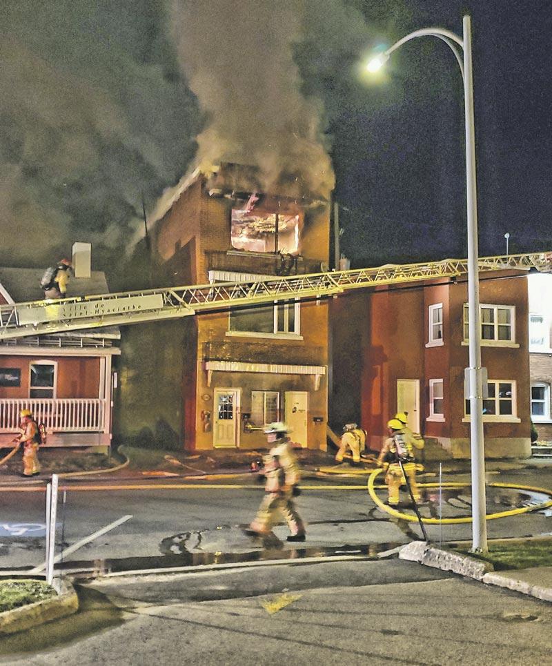 Incendie majeur sur l'avenue de l'Hôtel-de-Ville